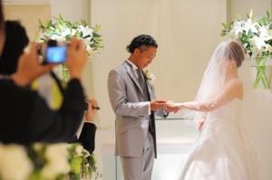 指輪をはめない男性に結婚指輪は必要?